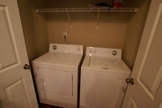 Washer & Dryer Furnished
