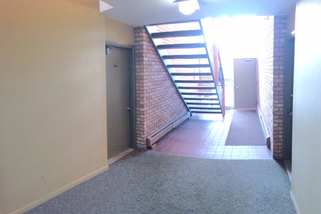 hallway - 1221 Island Dr. Unit 104  River House- Close to the hospital!  Available NOW Condo
