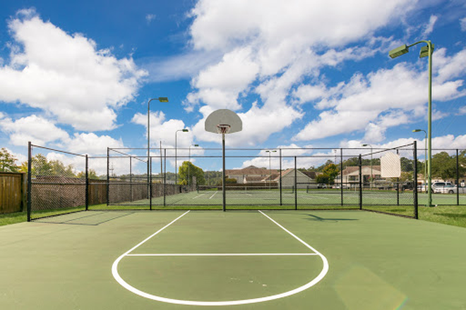 Basketball court - Laurel Park - Conveniently located in Flowood with a $25 monthly discount! Apartments