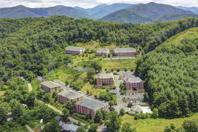 arial view - Catamount Peak Apartments
