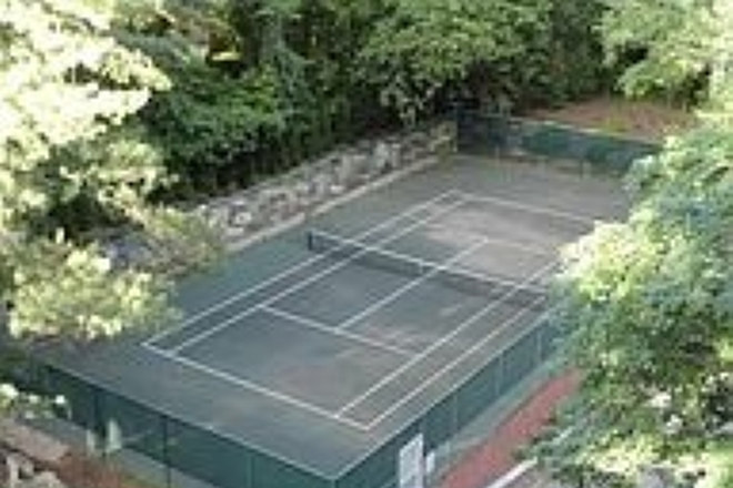 Tennis Court - PRICE REDUCED.  Renovated 2BD/2BA condo (1,215 sq ft) with UTILITIES INCLUDED
