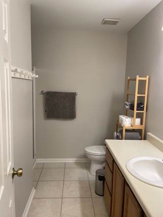 Bathroom - Townhouse room with utilities included-Available May 20, 2021