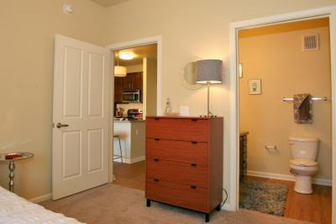 Fully Furnished Bedroom with Private Bathoom.