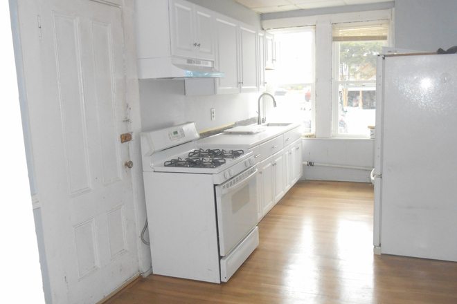 Kitchen - Spacious and Charming Four Room Apartment with High Ceilings, Large Rooms + Off-Street Parking