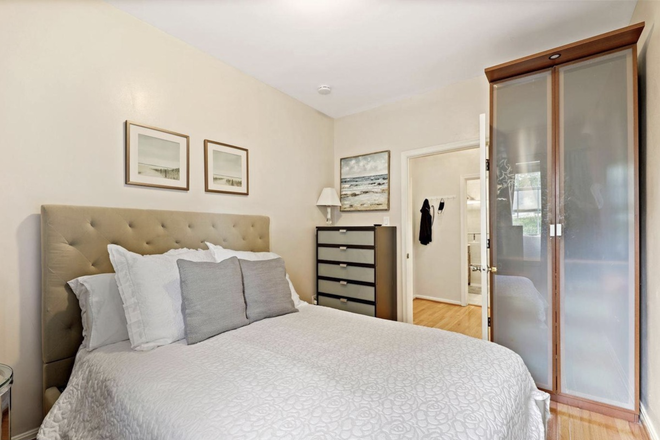 Bedroom - Beautiful, Safe, Clean, Fully Furnished 1 Bedroom in Georgetown Condo