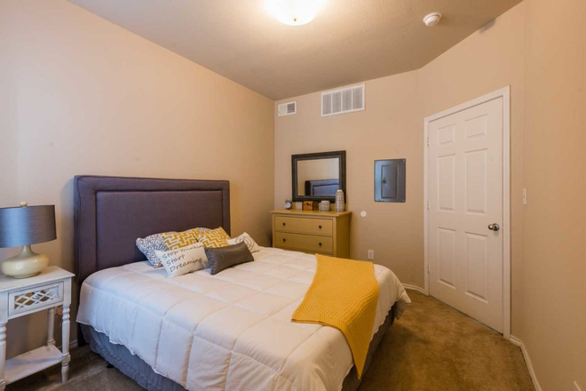 bedroom available - waterford at spencer oaks Apartments