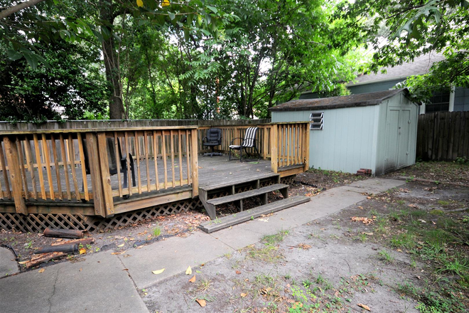 Large Yard with large deck - Remodeled 4 Bedroom 5000 Powhatan Ave (shared rent available NOW) Rental