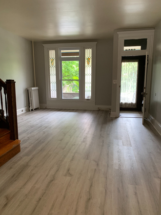 Livingroom - Student Housing Available in Historic Charles Village Townhome