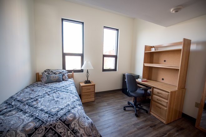 Single Bedroom which is fully furnished! - Global Friendship House, Furnished, next to Campus. Single or Shared Bedrooms, Efficiencies Rental