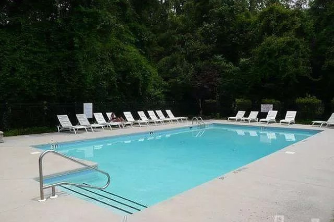 Community Pool - Carleton Place Townhome.  Property connects to UNCW Campus!  Use of Pool Included!