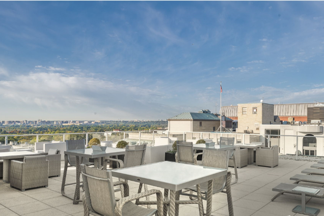 Rooftop Terrace - Woodward Building Apartments