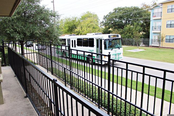 Bernard Bus - 1st drop off @ UNT