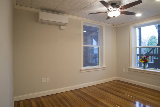 Bedroom - Avail 7/1/21 Center of NOHO 1 bd,,off street parking,laundry on-site,hardwood floors,avail. 7/1/2 Apartments