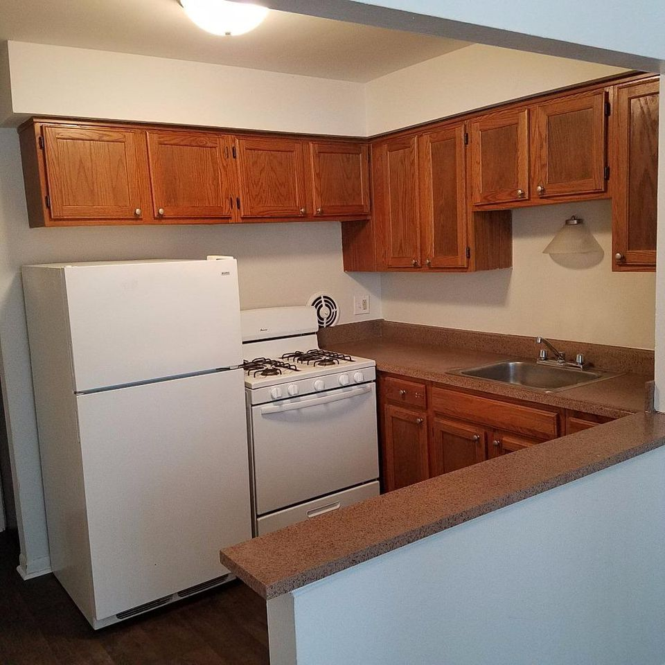 I Need To Find An Apartment: Off Campus Housing Search