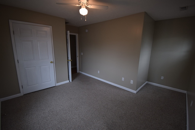 Large bedrooms with brand new carpet! - 5+ Bedroom Houses on Campus! Rental