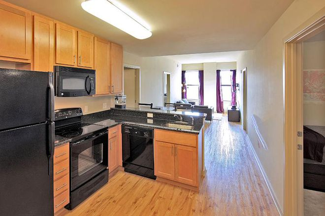 Full functioning Kitchen - HH Midtown - Luxury Apartments Steps Away From UB and JHU