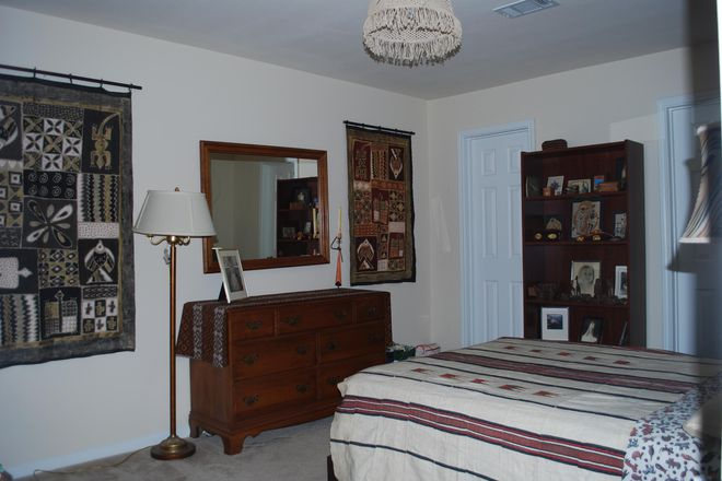 Photo - Spacious 2 BR Apt with Office & Pool