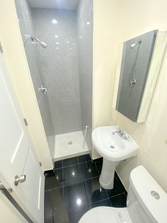 Bathroom - shower 2 - 4 Bedrooms + renovation!! Apartments