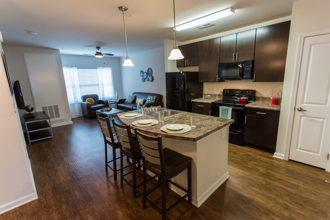 Modern Kitchen - The VUE at Cornerstone Apartments