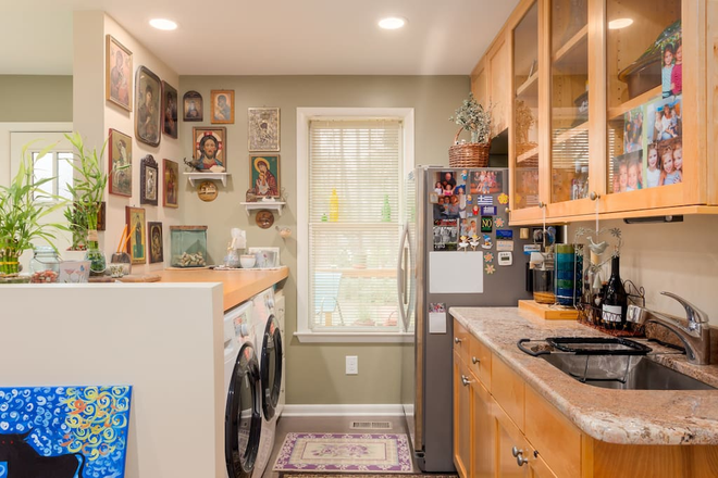 kitchenette and laundry, private frig