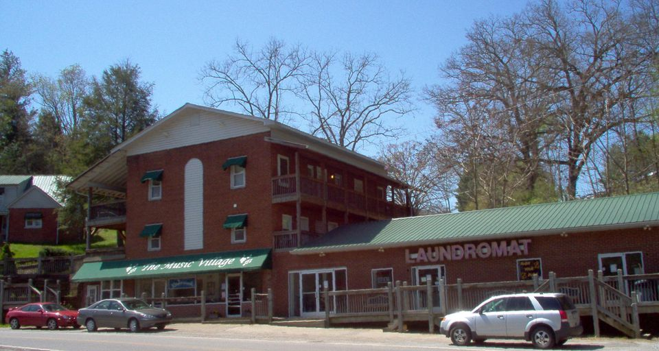 Mountain Village Apartments Cullowhee Nc