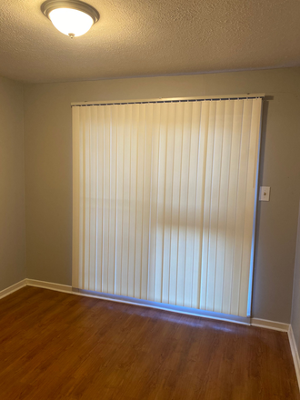 bonus room - Townhouse close to UMMC campus/Hospital and St Dominic Hospital