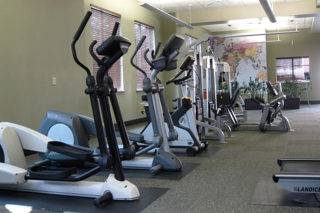 24/7 Fitness Center - The Vistas at Dreaming Creek Apartments