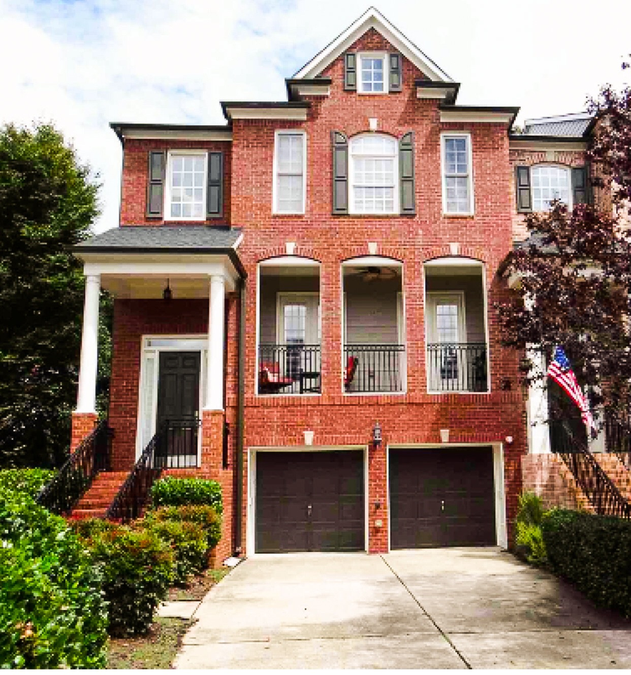 Find Townhomes: Off Campus Housing Search