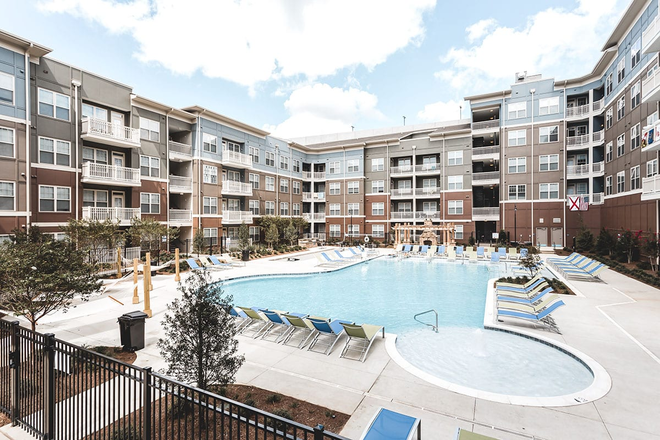 Luxury resort style pool - Ion Tuscaloosa Apartments