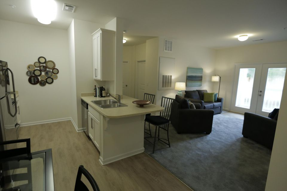 University Of North Carolina Wilmington Off Campus Housing Search Extraordinary 3 Bedroom Apartments For Rent With Utilities Included Design