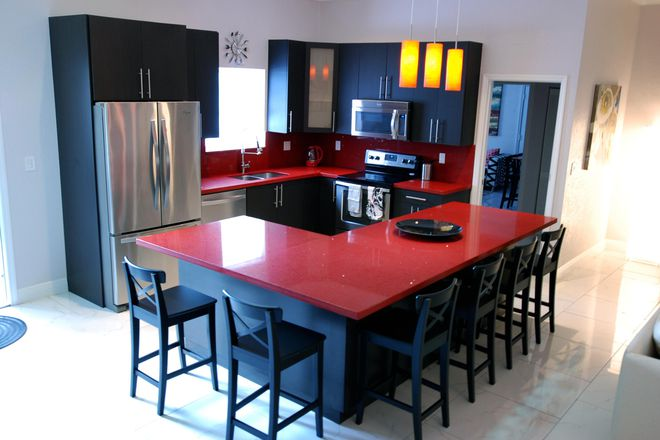 Residence Kitchen - Student Luxury Living - Strawberry Suite Rental