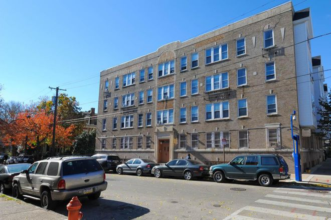Drexel University Off Campus Housing Search Camelot Apartments 0br 1ba 895 Per Month