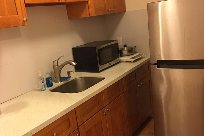 Kitchen - Sunny, Spacious and Private Studio for Rent in Central Sunset Rental