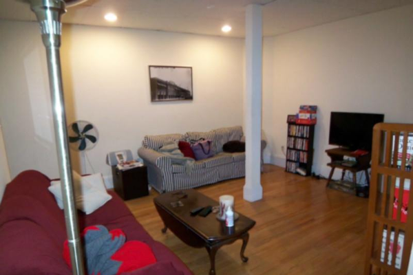 Listed By Offcampus Apartment Finder Living Room