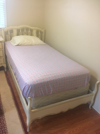 Photo - Loganwood House (Bedroom w/shared bath, furnished, wifi & utilities included) for Female only Rental