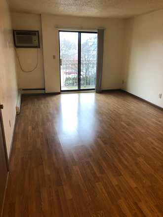 Living Room - 21/22 Off Campus, 2 Bedroom, $1099! Apartments