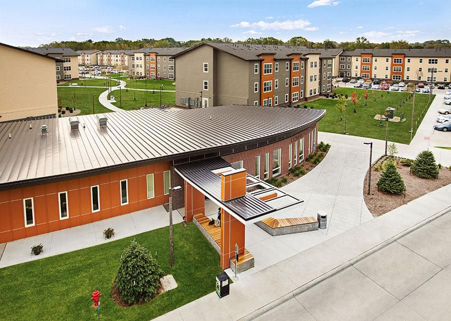University of iowa off campus housing search aspire at west campus premier graduate housing for Iowa city one bedroom apartments