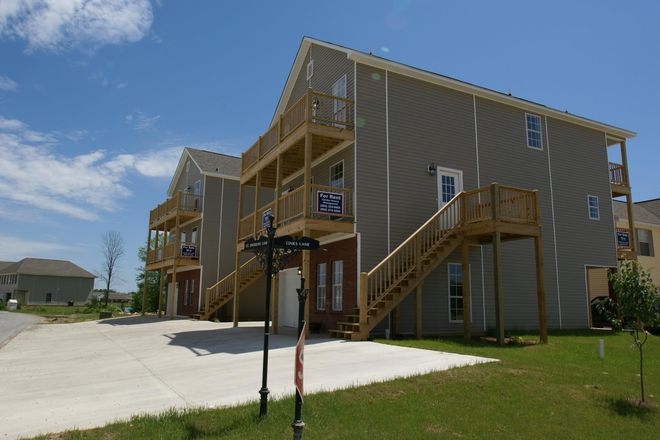 This Plan 1-B 656 SF 1 BR Duplex Unit Is Located On 1st Floor