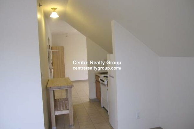 Kitchen - Two Room STUDIO, High Ceilings + One Block from Moody Street Apartments