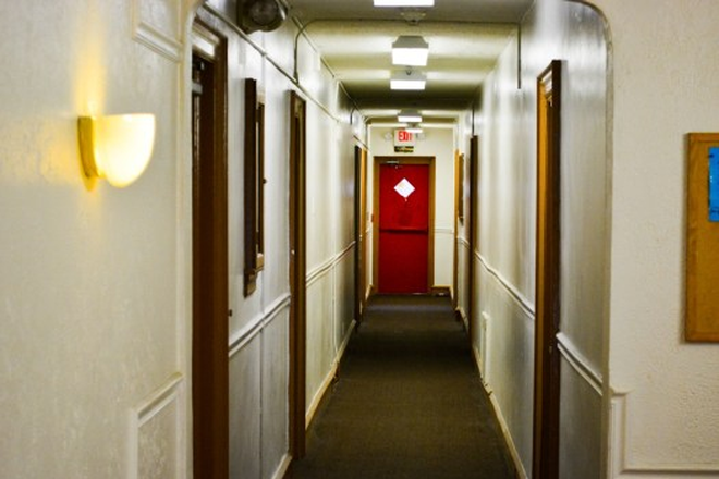 Hallway - University Court - Next to Clark Park and Trolley Stop to Downtown Apartments