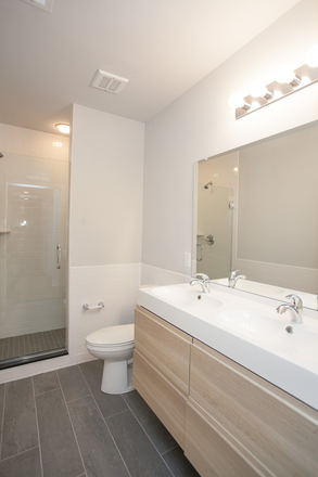Bathroom - Drexel Hall 4 Bed Apartment Avail for Rent!
