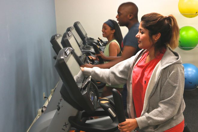 Residents enjoy 24 hour access to our many amenities, including study rooms, tennis and volleyball courts, and separate fitness centers for aerobic exercise and weight training