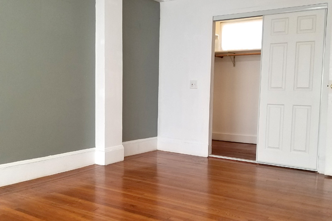 Bedroom #2 walk in closet - Newly Renovated With Amazing Natural Light! Large 3 Bed/1.5 Bath Nob Hill Apt near Restaurants/Shop
