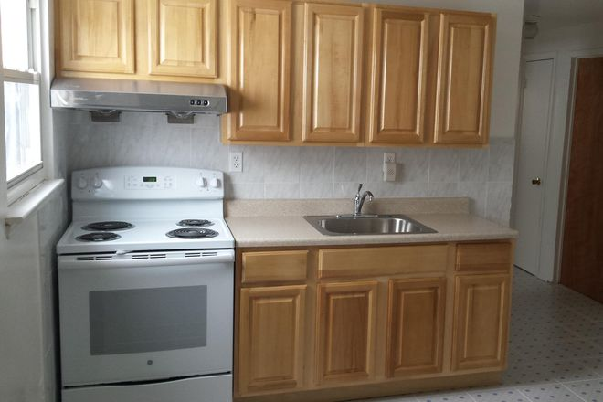 Kitchen - Brand New! Great Value For Off Campus Housing Rental