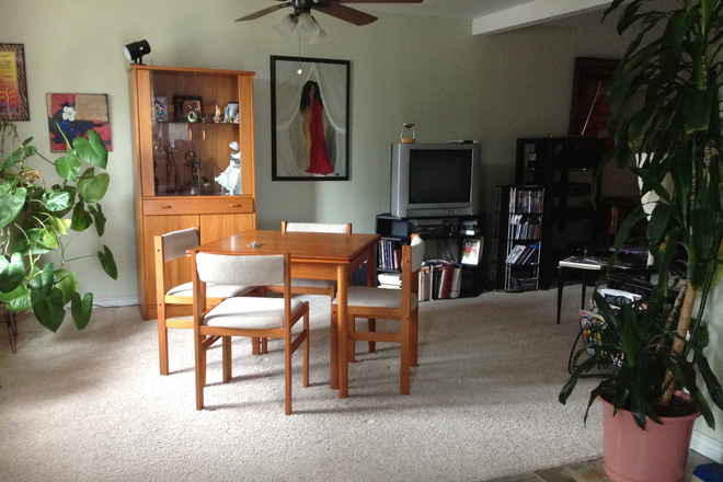 Living Room/Dining Room - Anschutz Campus in Walking Distance!!! Rental