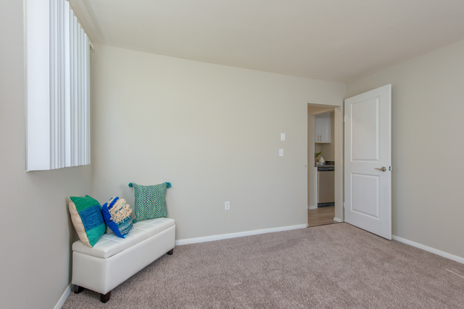 Bedroom Space - Aspen Chase -  All-Inclusive Apartments Minutes From Campus! Join Our Waitlist for Summer/Fall 2021!