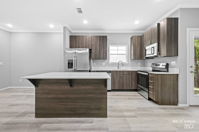 Kitchen - Have You Ever Wanted To Live in a brand new home? Now is Your Chance! Stunning Luxury Rental
