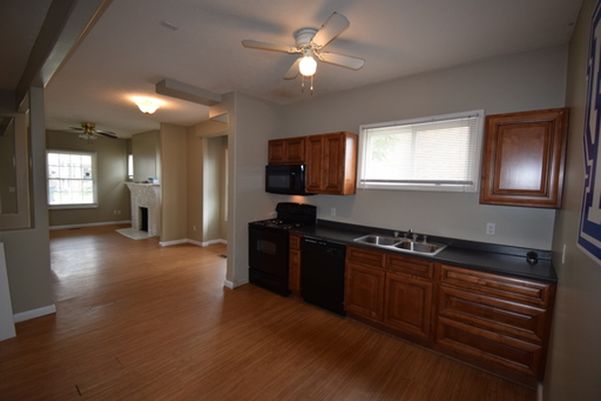 Updated kitchen appliances - 5+ Bedroom Houses on Campus! Rental