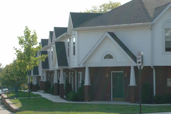 Fowler Pointe Apts