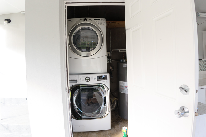 washer and dryer - MASTER BEDROOM in a 3 Bedroom HOME w/Utilities- Coral Gables Rental